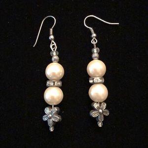 Merx Jewelry - Pearl Earrings